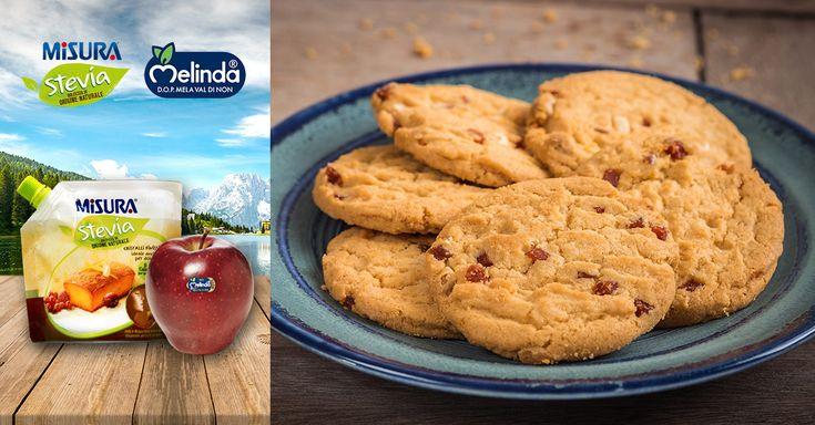 Biscotti leggeri alla mela Red Melinda Val Di Non e uvetta, per una pausa sana e con poche calorie.  #Melinda #apple #recepies #fewcalories #nosugar #stevia #healthy