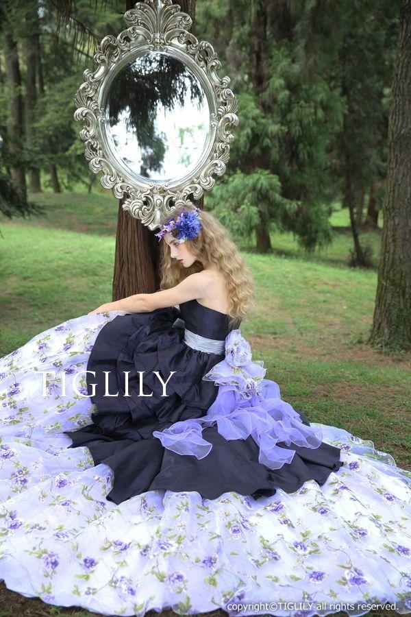 ウェディングドレス、ウエディングドレス、カラードレス、お花、パープル
