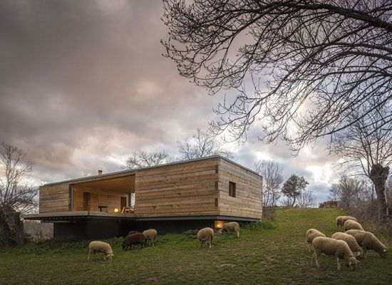 Spanish Rural Retreat 2_Share Design