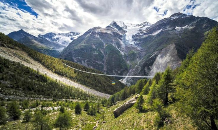 A PONTE DE PEDESTRES MAIS LONGA DO MUNDO ABRE NOS ALPES SUÍÇOS #longest_pedestrian suspension_bridge #ponte #bridge #suiça #alpes #Switzerland #SwissAlps