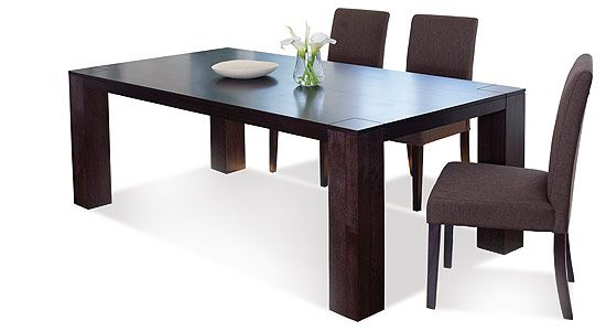 Yarra dining table
