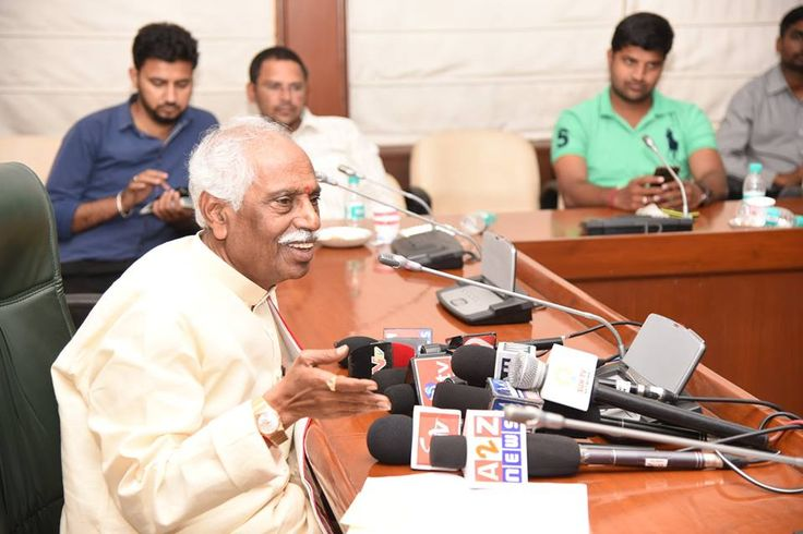 Shri. Bandaru Dattatreya ji, Hon'ble Minister of State (Independent Charge) for Labour & Employment, Government of India attended Press Conference on cotton workers of Telangana.