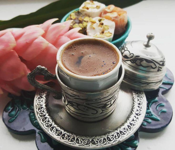☕Zeit für einen #TurkKahvesi  👉 Mehr über türkischen Kaffee - eine der ältesten Kaffeezubereitungen der Welt, hier: http://bunaa.de/de/tuerkischer-kaffee/