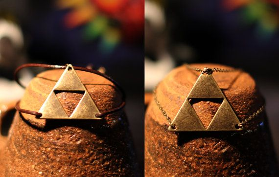 Triforce Bracelet (Chain or leather)