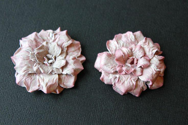 25 best ideas about handmade flowers on pinterest for Handmade paper flowers tutorial