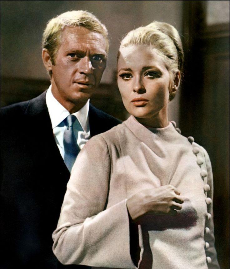 F. Dunaway &  S. McQueen : exploitent à la perfection le potentiel sexuel du jeu des échecs...