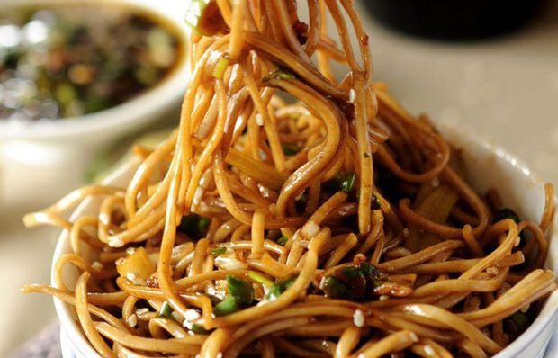 This looks like the dish I had at Noodles that was so yummy! I am in love with spicy noodles now!! I bet you could add a variety of veggies(broccoli,red peppers, sprouts,etc.)