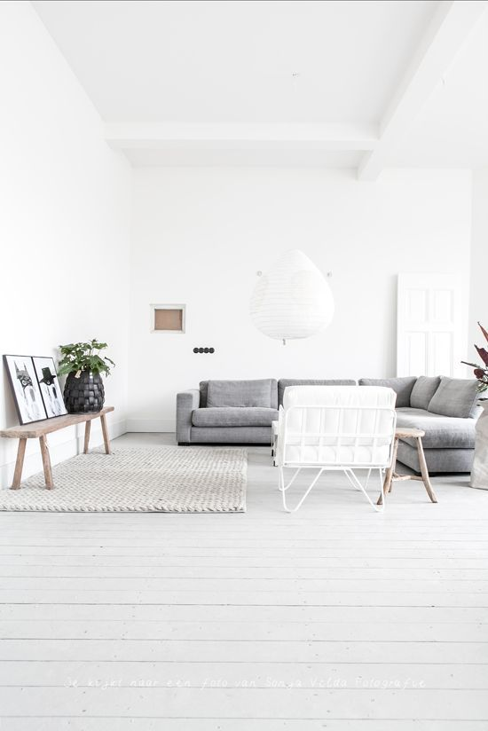 clean lines, neutral toned living room