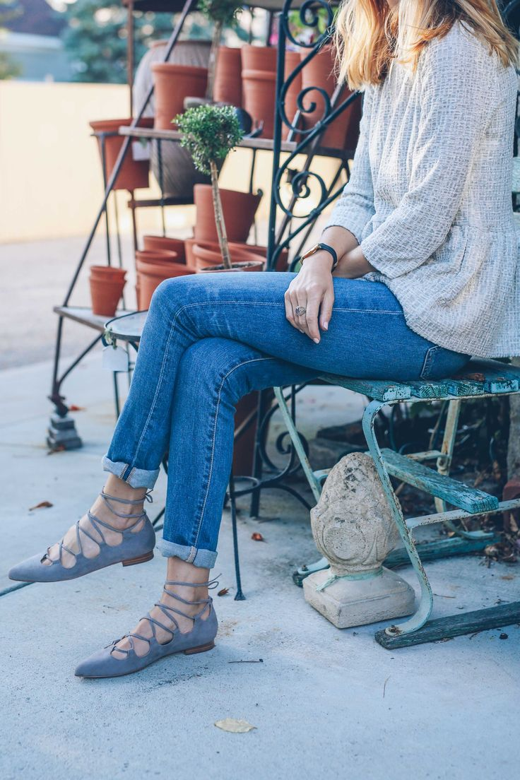 shoes // Fall style in AG High Rise Skinny Jeans and Lace Up Flats: