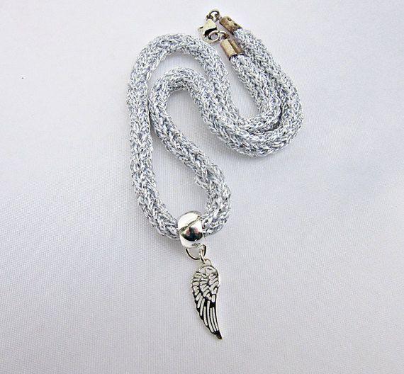 Engelsflügel Halskette Edelstahl Versilbert Kette von Bezauberndes