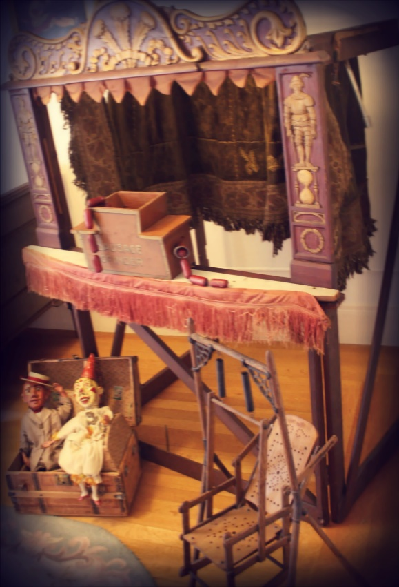 Puppet Show at the Pittock Mansion. From the Early 1900's: Violets Tween, Tween Rooms, Puppets History, Favorite Places, Pittock Mansions, Early 1900 S, Teaching Puppetri, Photos Amateur