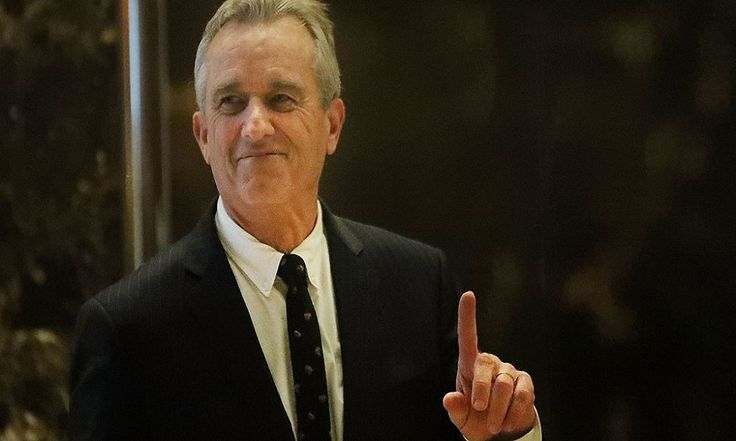 Robert Kennedy Jr. Leads Lawsuit To Sue Monsanto For Cancer-Causing Roundup Weed Killer