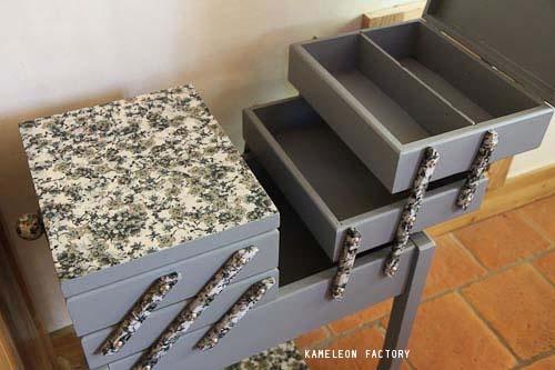 KAMELEON FACTORY ESPRIT BOHEME Travailleuse sur pied http://kameleonfactory.fr
