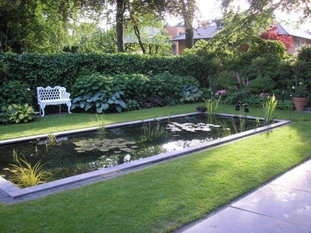 Mooie Strakke Vijver Voor Moderne Tuin