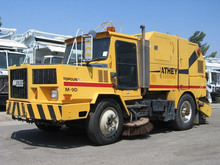1998 Athey-Mobil M-9D Top Gun Sweeper, Navistar T444E 7.3L Engine, Allison Automatic, Well Maintained Ex-City Unit, Low Miles & Hours, OK To Register In California, May Be Subject To ARB Regulations!!