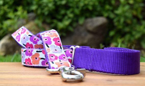 Pretty Poppies dog leash / Flowers dog lead / by DelaheyandCo