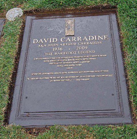 Elvis Presley - Top 10 Celebrity Grave Sites - TIME