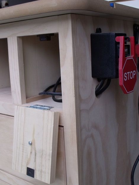 Mejores 142 imgenes de herramientas en pinterest carpintera ana white patricks router table plans diy projects greentooth Gallery
