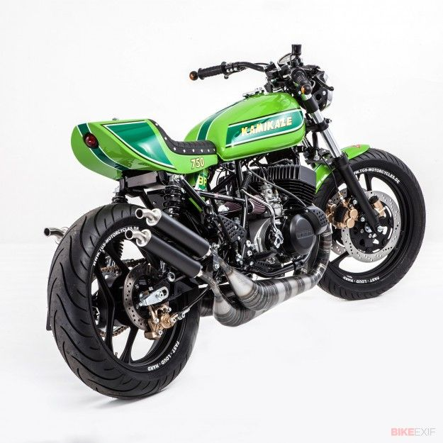 Kawasaki cafe racer, H-1 frame with a H-2 motor , lots of frame improvements (of course) coolest ever !