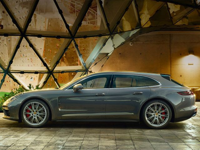 Porsche Dealers Pleased With Panamera Wagon but Want More from the Sedan