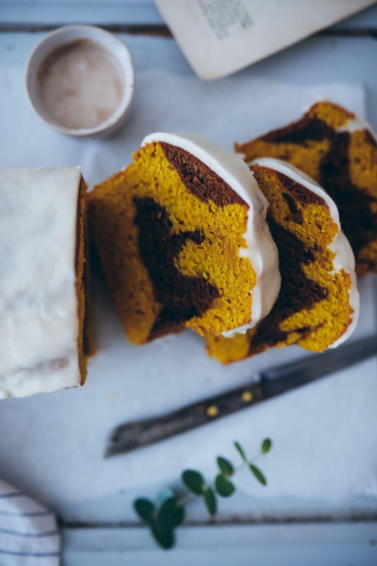 Kürbiskuchen Pumpkin Bread Rezept mit Zimtglasur