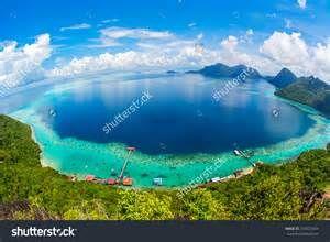 ... Sakaran Marine Park tropical island (Bohey Dulang) Semporna, Sabah