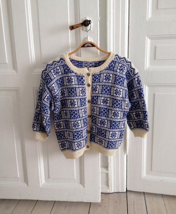 Adorable Homemade Vintage Knitted Norwegian by StinasWardrobe, kr450.00