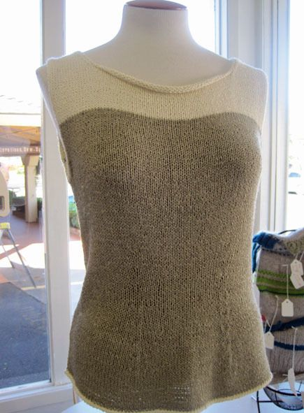 Free Sweater Pattern — Bonsai Shell . what a classic/classy sweater. Make in two neutral shades so can be worn with several different skirts or pain.... Consider taupe and ????