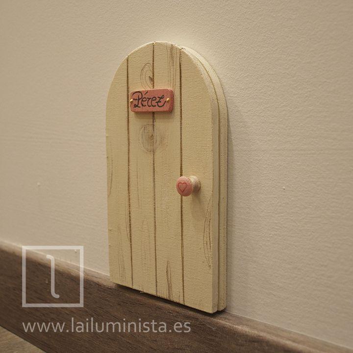 Puerta del ratón Pérez. Se puede abrir y tiene una cueva dibujada en su interior & 39 best Elf door images on Pinterest   Elf door Doors and Fairies ... Pezcame.Com