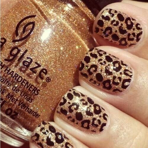 Leopard nails.