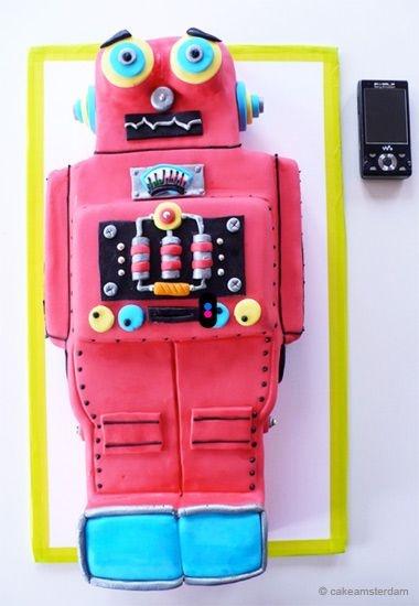 30 gâteaux d'anniversaire hallucinants - le gâteau robot
