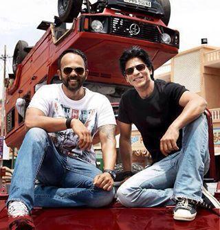 Rohit Shetty and Shah Rukh Khan on the set - Chennai Express (2013)