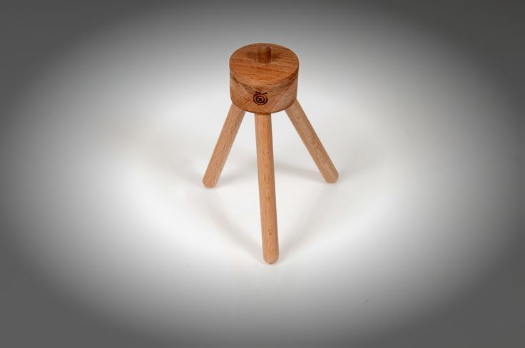 Mini wooden photographic tripod
