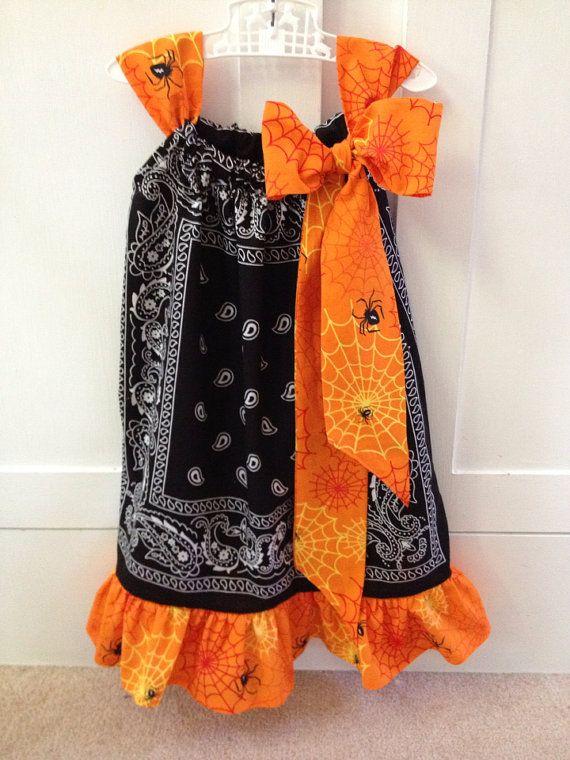 Halloween Pillowcase Dress & Best 25+ Halloween pillowcase dress ideas on Pinterest | Pillow ... pillowsntoast.com