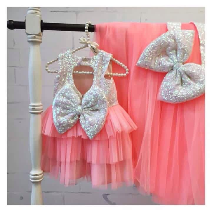 14 best Vestido de menina images on Pinterest   Little girl dresses ...
