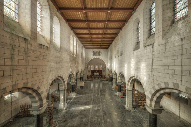 sunny church of raven