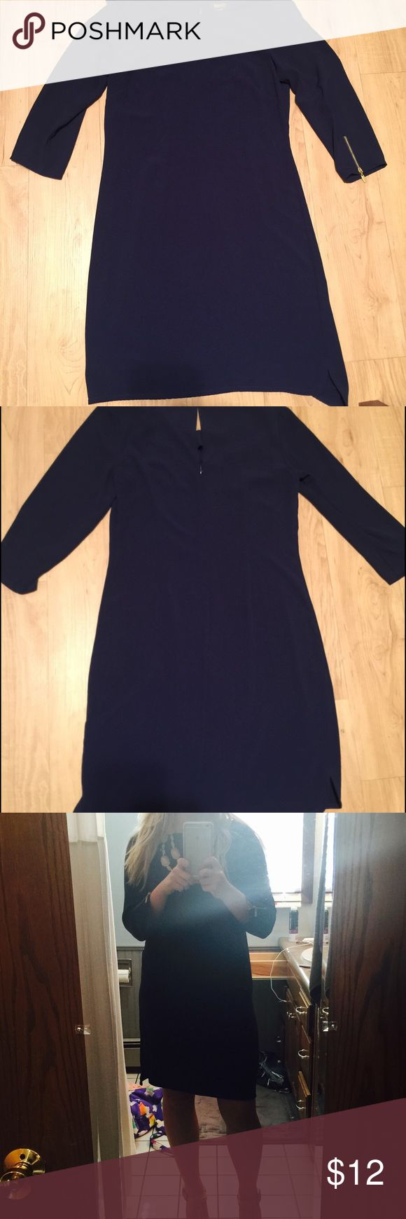 Laundry Navy 2/3 sleeve Dress Very flattering navy Laundry dress. Size 8 and fits like medium. Hits below the knee Laundry by Shelli Segal Dresses Long Sleeve