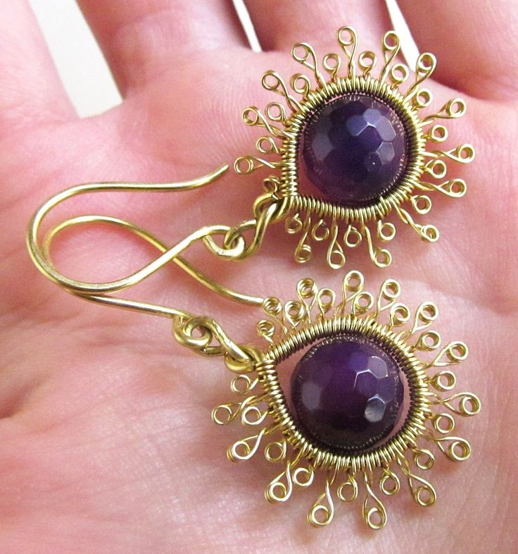 Earrings with brass and agates