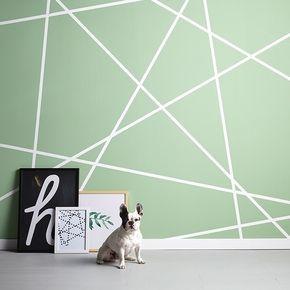 Of met gekleurde tape (zwart!) patronen maken. Creatief muuridee No.3: verfpatroon Houd je van geometrische vormen? Plak met…