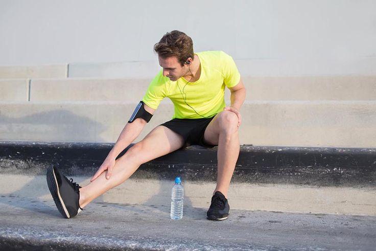Schmerzen im Schienbein? Shin Splints kennt fast jeder Läufer. Experte Sascha Wingenfeld zeigt, wie du vorbeugen oder Beschwerden lindern kannst.
