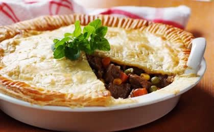 Steak and vegetable pie