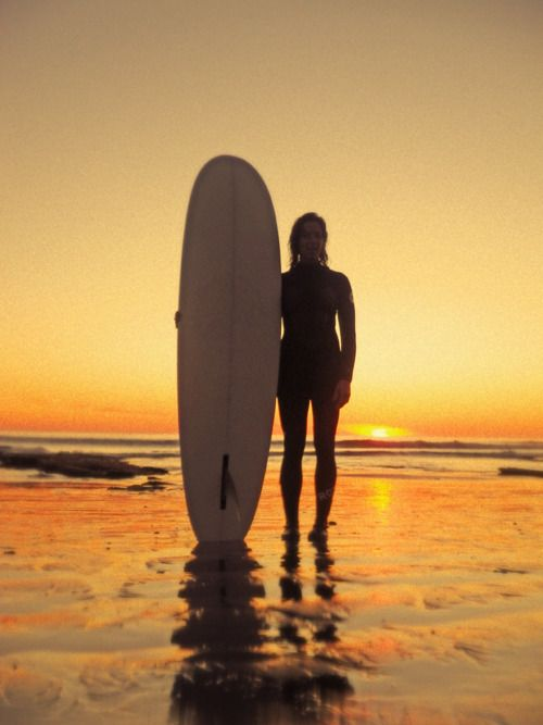 : Learning To Surfing, Beaches Surfing Sunri, Passion Photography, Surfing Girls, Sunri Surfing, Sunri Sunsets, Surfers Girls, Amazing Sunsets, Sunrises Sunsets
