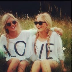 Lo & ve best friend t-shirts. Love sleeve and loose, similar to the picture