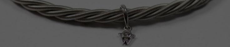 Wellendorff Comtesse Armband unisex 750 Weissgold 18 Karat mit Anhänger und Brillant 0,02 ct breit  https://www.ipfand.de/wellendorff  #iPfand #Wellendorff #Comtesse