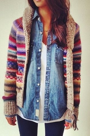 Cozy Sweater. Jean Shirt. LOVE this outfit!