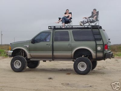 I WANT THIS- WITH THE LADDER AND PLATFORM!