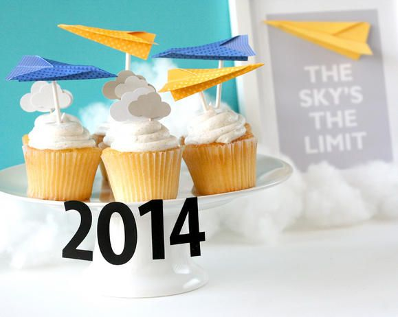 The Skys the Limit Graduation Party / Themes & Party Ideas ...
