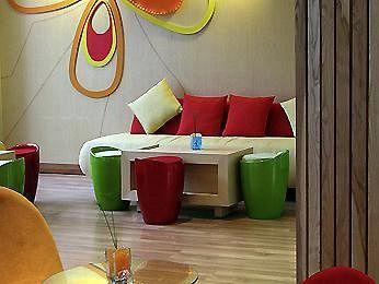 Sesuai dengan namanya, Ibis Styles Yogyakarta menawarkan hunian berkelas dan bergaya. Ibis Styles Yogyakarta hadir dengan desain warna-warni untuk menghadirkan kesan indah, meriah, dan bersemangat.  (^__^)9 Pesan hotelnya disini http://www.voucherhotel.com/indonesia/yogyakarta/389054-ibis-styles-yogyakarta-yogyakarta/