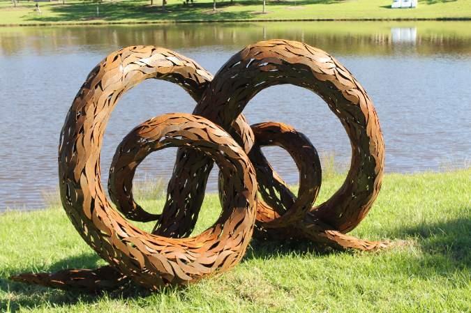 Denese Oates - Spiral Vine Knot