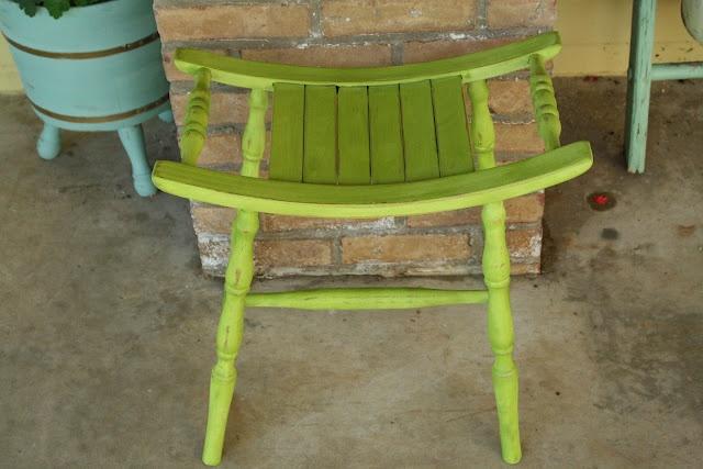 Cece Caldwell S Spring Green Stool Annie Sloan Chalk